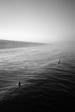 manhattan_beach_surfers_bw.jpg
