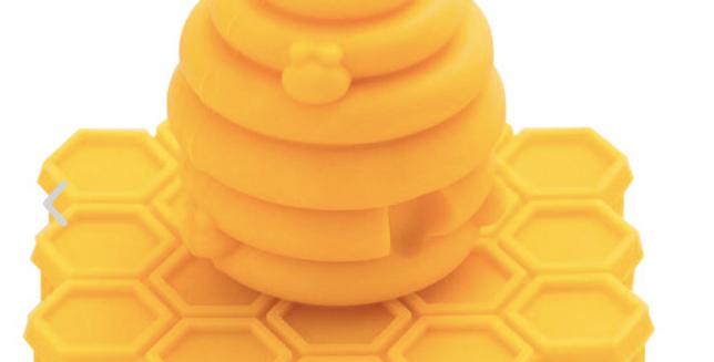 ScrubBEE Silicone Scrubber: Marigold