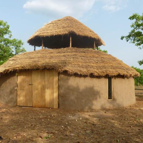 Sang Roundhouse, Ghana