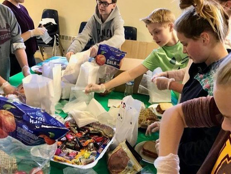 Students incorporate service project into 'friends day'