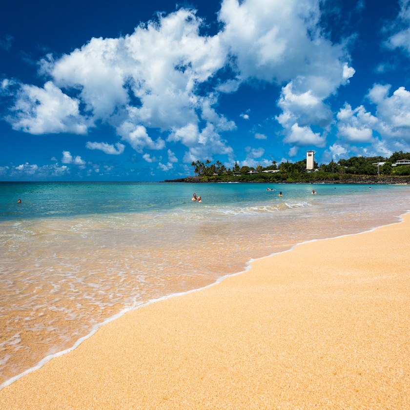 White sands of Waimea bay - Hawaii Tourism Authority (HTA) / Tor Johnson