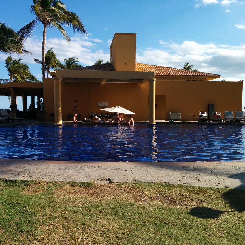 The swim up bar at the adult only pool.