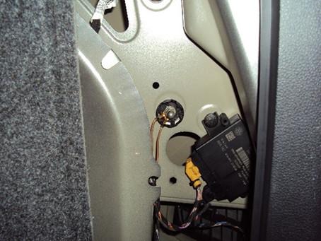 【技術通報】VW TIGUAN CAWB引擎 2008~2013  2.0L間歇性熄火、無法發動,51號搭鐵點接觸不良