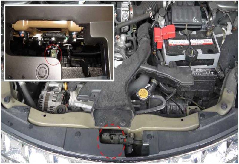 LIVINA 2014~2017 撞擊感知器在引擎室內的位置