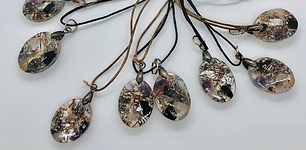small pendants orgonite.png