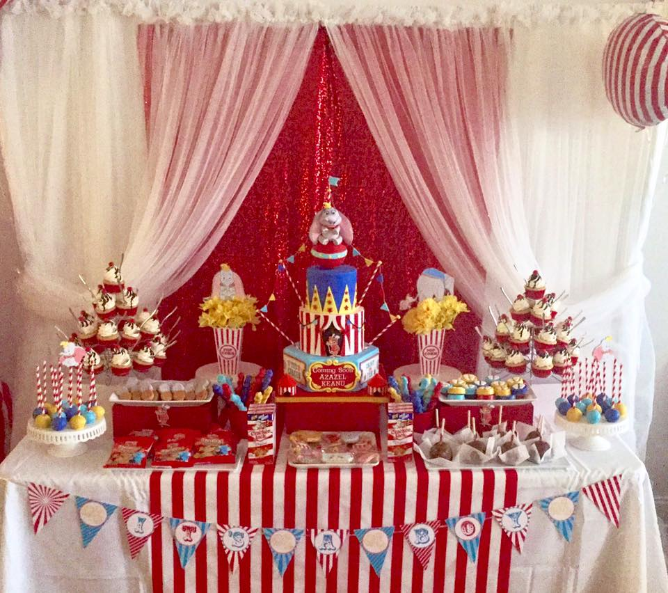 Dumbo Sweet Table