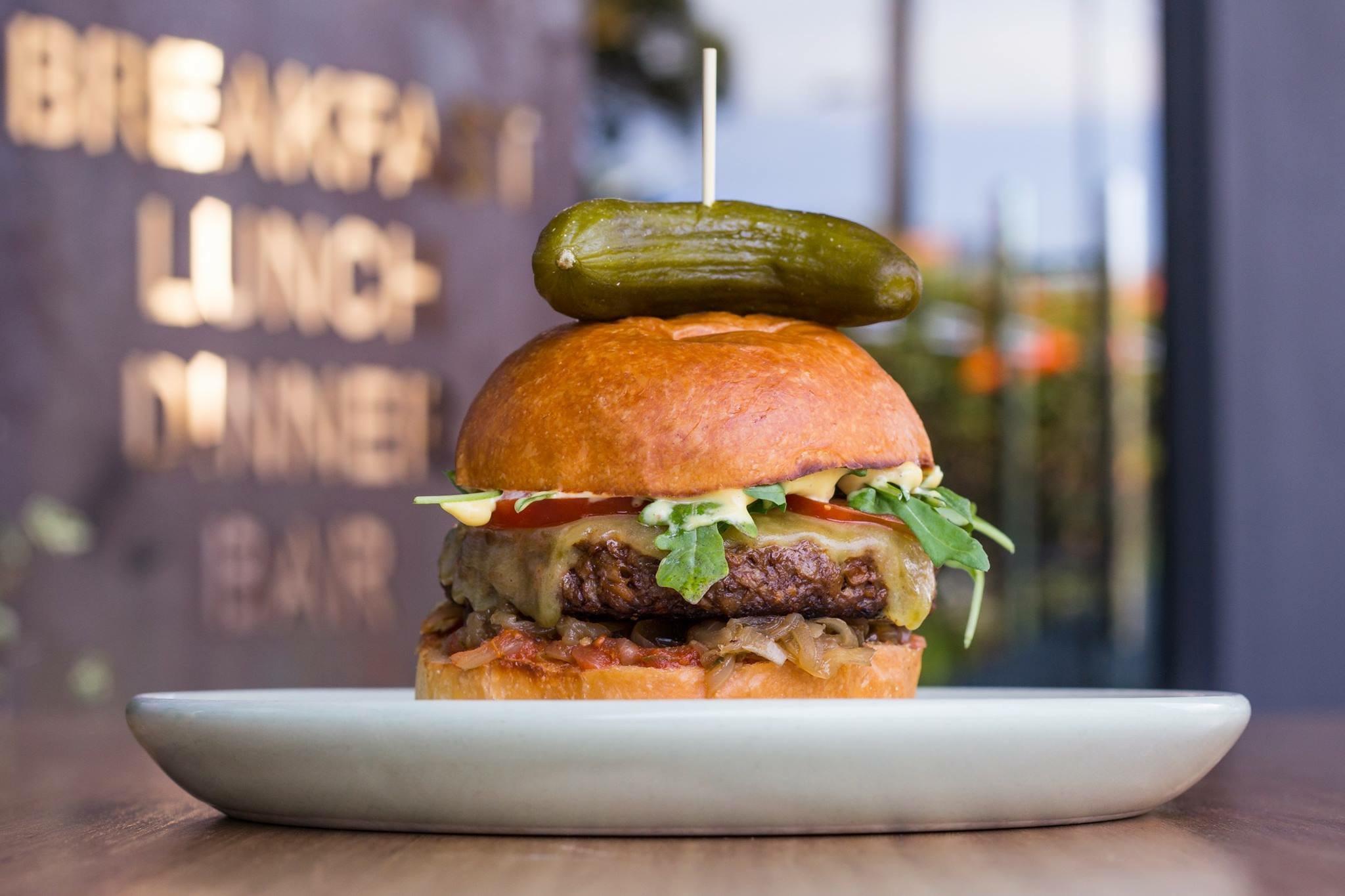 Vegan B33F Burger