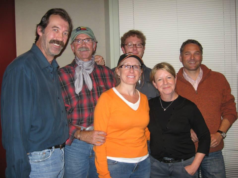 Crystal et Shawn Johnson et l'équipe d'enregistrement_Heartland enregistrement .jpg