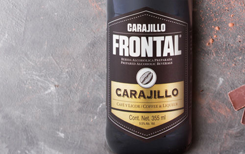 CARAJILLO-FRONTAL_NOTAS_FONDO.jpg
