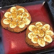 Básicos para el desayuno! Pruébalos con diferentes toppings, como por ejemplo un poco de jarabe de maple o yogurt griego.