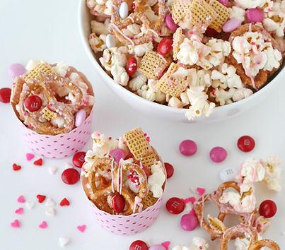 valentine-snack-mix.jpg