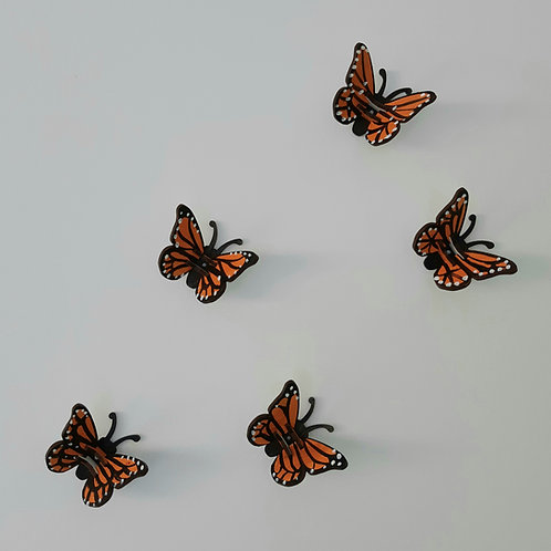 Paint your own mini butterflies