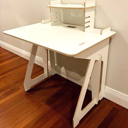 Flatpack Desk 880