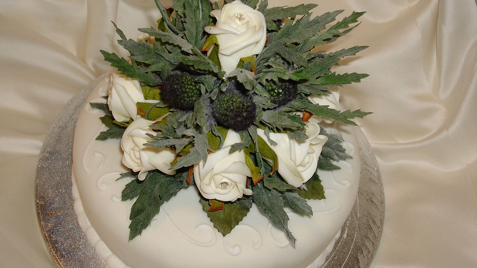 Eryngium Thistle and Rose Cake Decoration-CT003