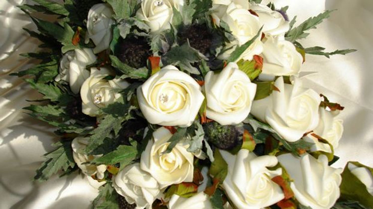 Eryngium Thistle & Ivory Rose Shower Bouquet-TD002