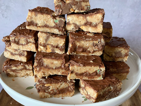 Nutella Sandwich Squares - No Bake Treats!