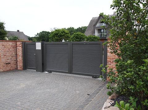 Einfahrtstor, Gartentor, Zaun, Gartenzaun, Toranlagen bei Hamburg