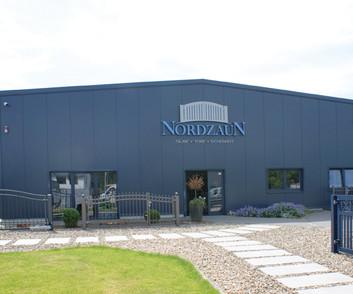 Nordzaun Firmengebäude
