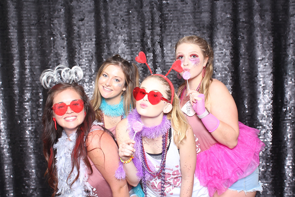 Offering the best photo booth rentals for weddings, parties and corporate events | Raleigh NC