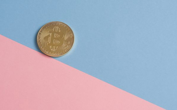 """Ex-Central Bank Leader Bashes Bitcoin as a """"Not Real"""" Currency"""