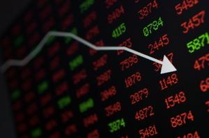 Bitcoin (BTC) Price at 'Huge Risk' of Crashing to $7.3k