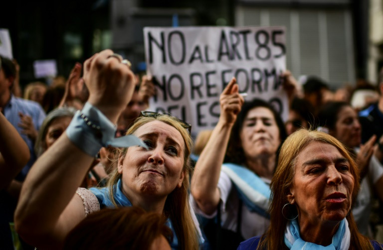 Argentinians Turn To Bitcoin as Corrupt Government Announces Another Default