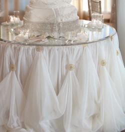 Cinderella skirt cake table