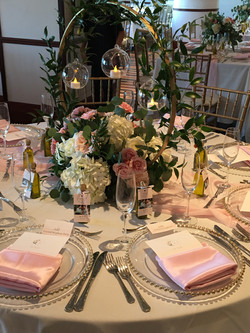 rose pink blush and white table decor