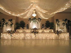 star ceiling drapes with table skirt
