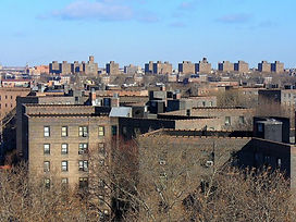 1024px-Queensbridge_Houses-840x630.jpg