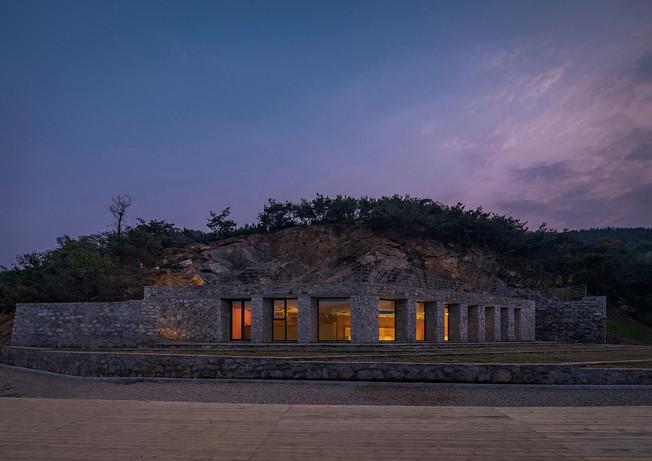 04-stone-nest-amphitheatre-v