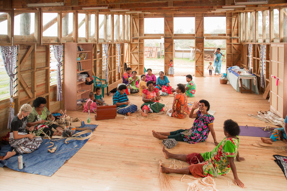 womens-craft-making-and-salesjpg