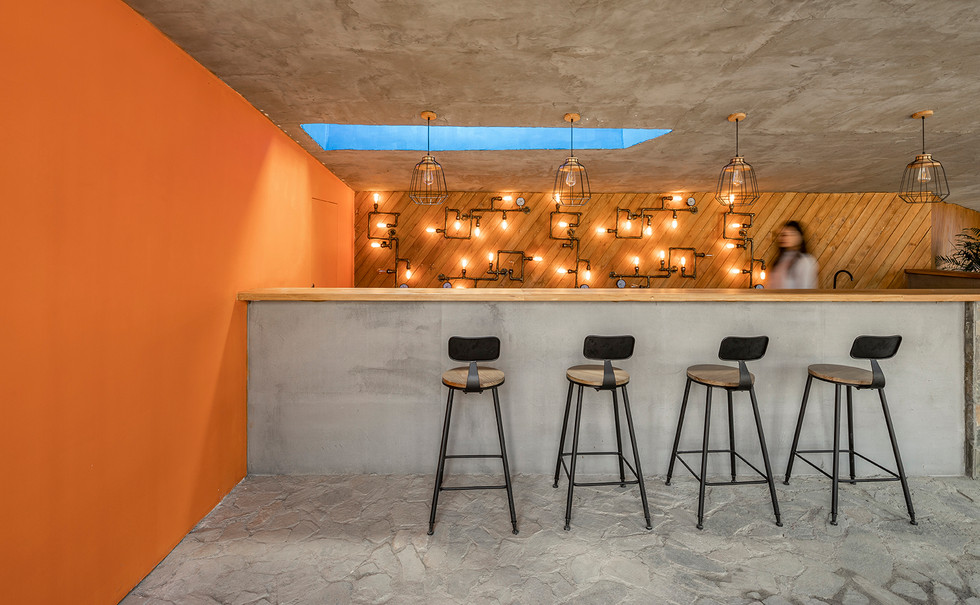 19-bar-in-interior-spacejpg