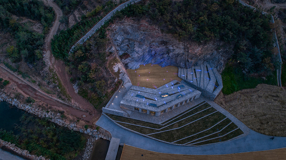 21-stone-nest-amphitheatre-at-ni