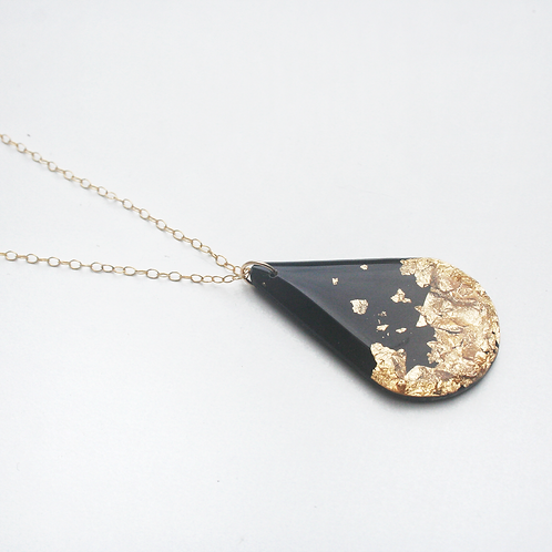 Black and Gold Teardrop Necklace