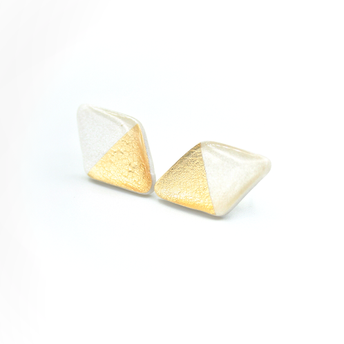 Pearl and gold diamond shaped stud earrings