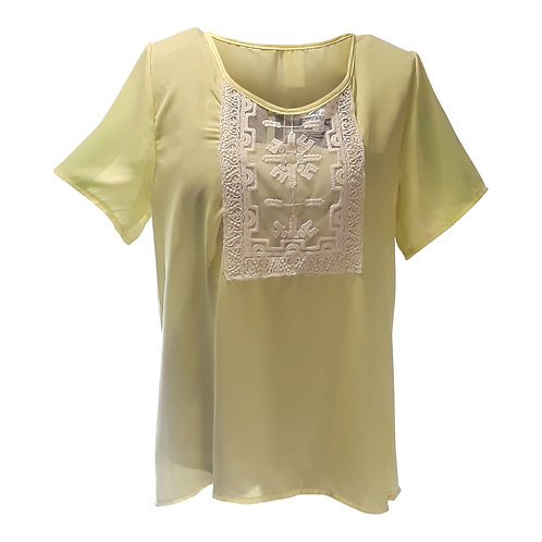 Short Sleeve Top with White Applique