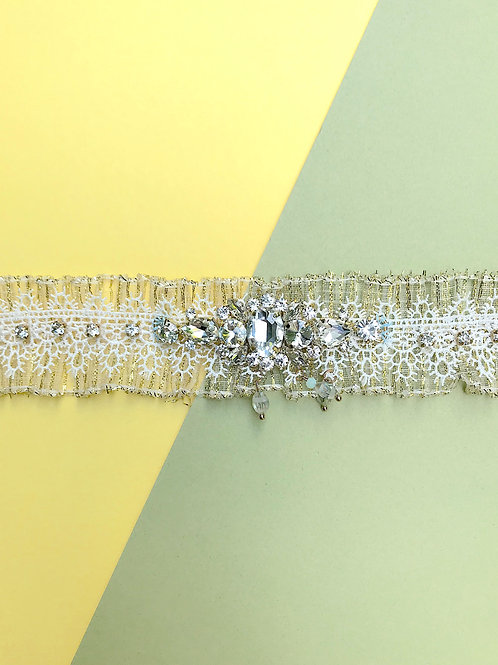 Empress Lace Collar