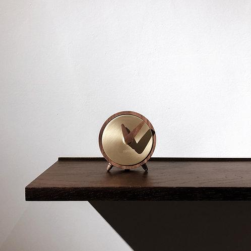 Atomo Mesa Clock