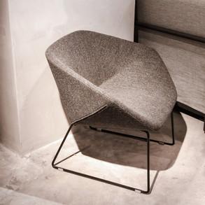 Claudia Lounge Chair