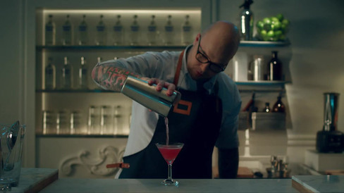 'It Girl' With Absolut