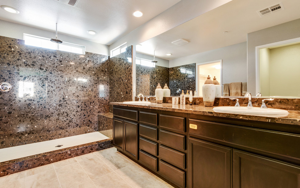 Oak Hills 1 - Plan 2 - Master Bathroom 2