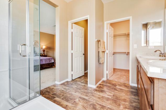 Oak Hills 1 - Plan 1 - Master Bathroom.j