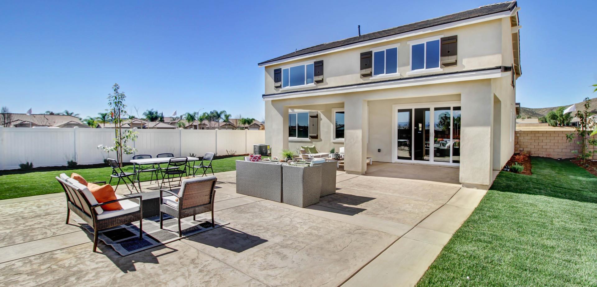 outdoor-large-patio-2.jpg