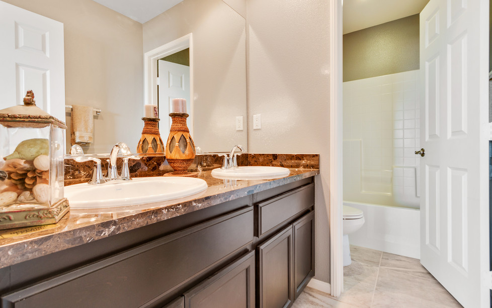 Oak Hills 1 - Plan 2 - Master Bathroom 3
