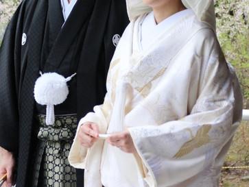 花嫁衣裳の「白」が美しいわけ
