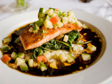 Meal%20with%20salmon%20and%20zucchini_ed