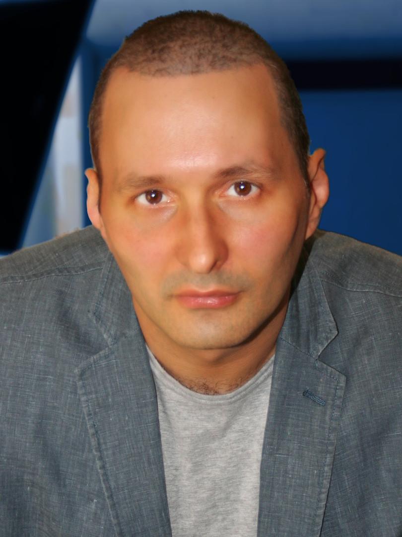 Raphaello - Content Director