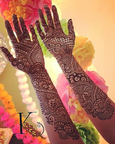 Henna by Kadambari Arts