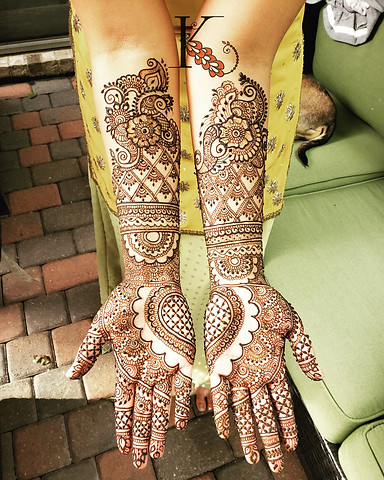 Henna by Kadambari Arts